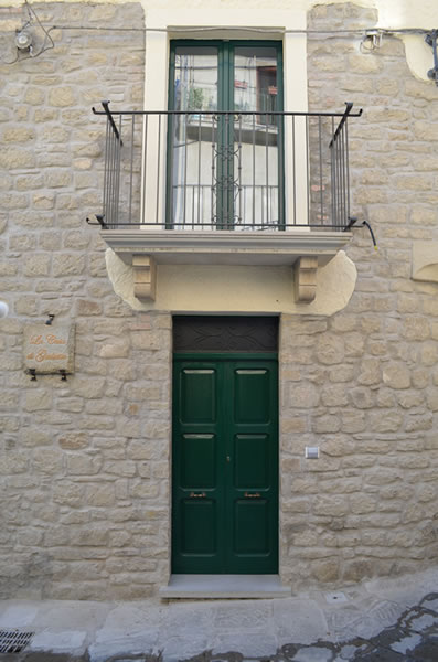 La casa di giulietta for Piani di costruzione triplex
